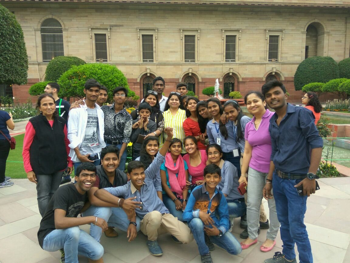 Visit to Mughal Gardens