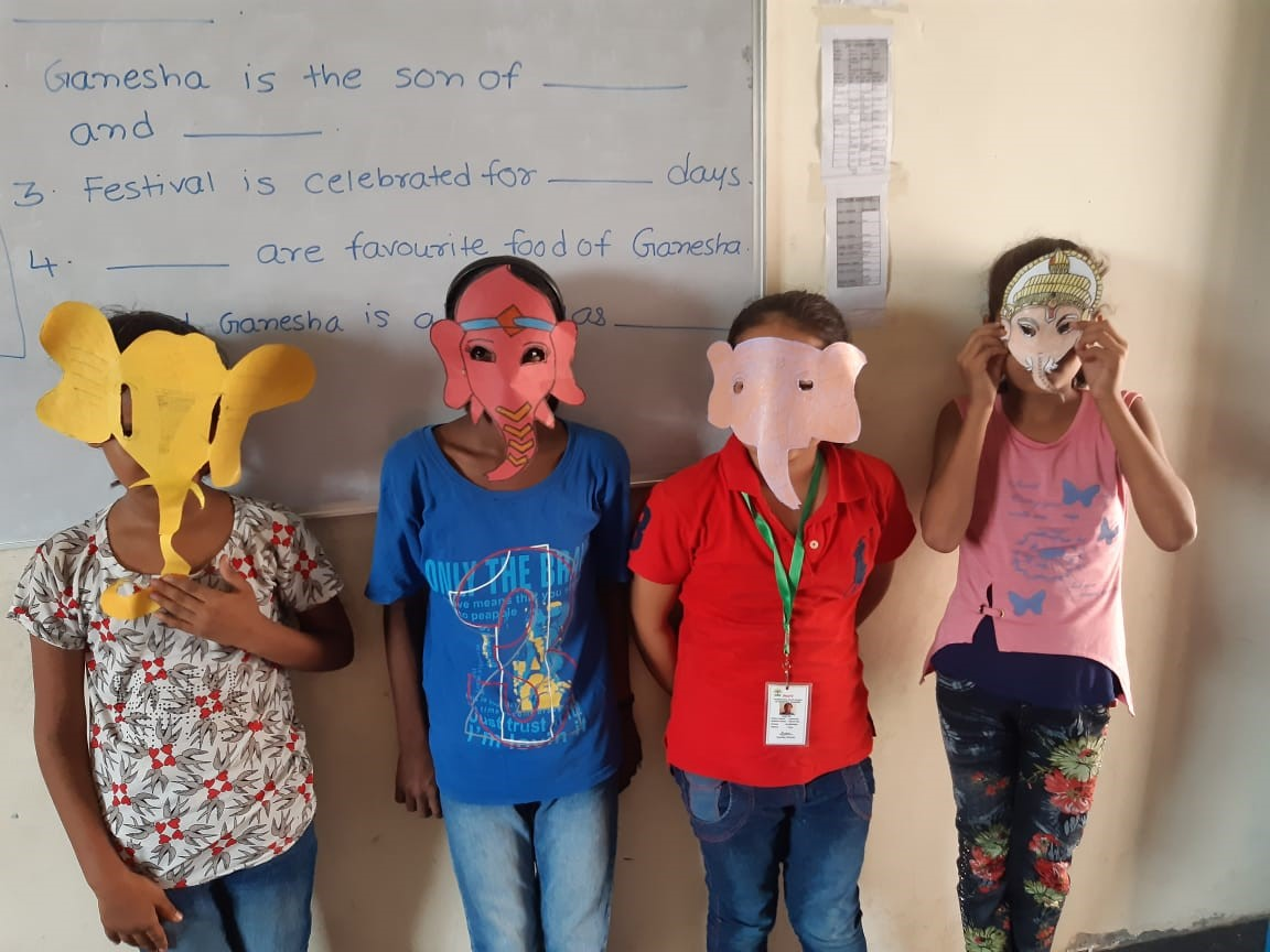 Mask making activity-AboutPage-Primary wing